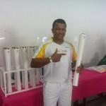 FOTO: Erenilto de Jesus Cerqueira - Titular da equipe campeã mundial de Futebol de 5 do ICB conduzindo a Tocha Olímpica em Salvador.