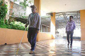 O instituto de cegos da bahia dá dicas para um ambiente adaptado para o deficiente visual